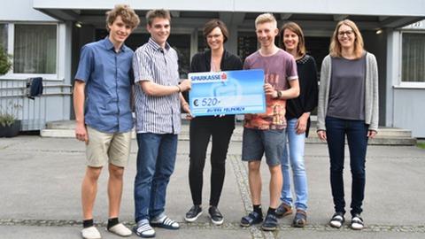 Gymnasium Feldkirch feierte und spendete